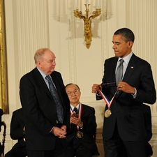 C. Donald Bateman shakes hand with President Barack Obama