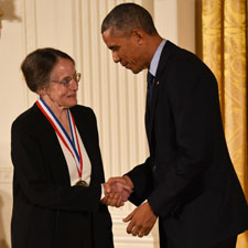 Mary Shaw shakes hands with President Barack Obama