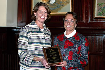 "Photo showing Anne Chasser, Former Commissioner for Trademarks (left) accepting the ""Best Organization for Teleworkers"" award from Pam Tucker, President of the Mid-Atlantic Telework Advisory Council (right)."