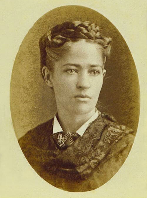 Image: pval photo of Josephine Cochran as a young woman.